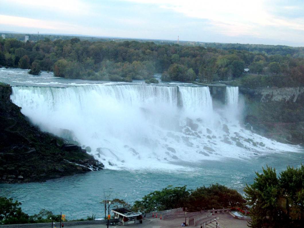 Finger Lakes, 1000 Islands, & Niagara Falls